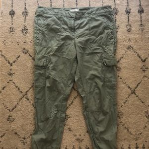 LOFT utility joggers sage green size 10